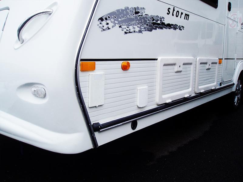 01-2-caravan-front-damage