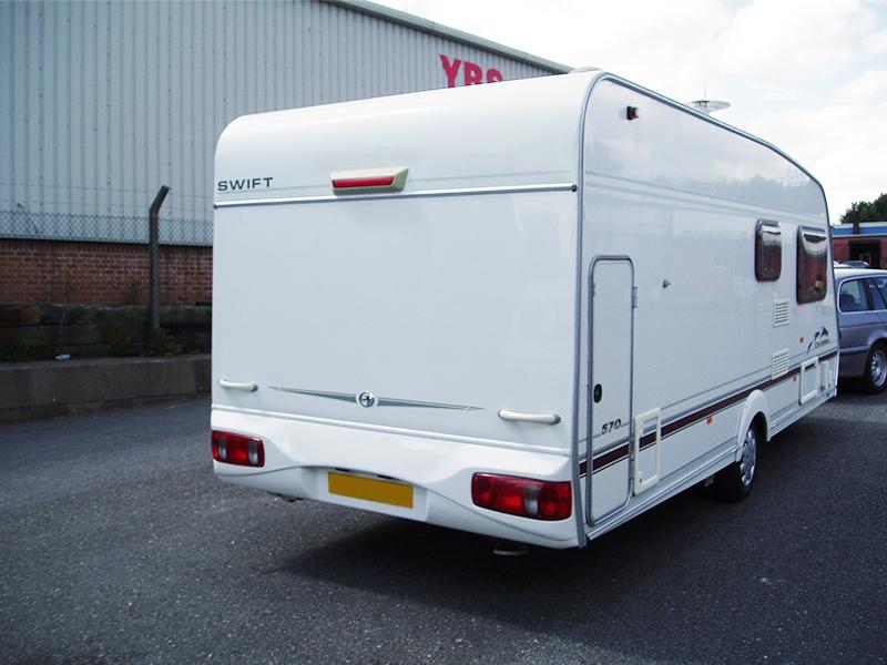 02-7-caravan-rear