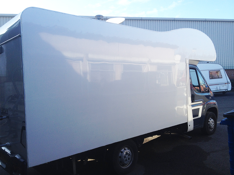 03-5-motorhome-panel
